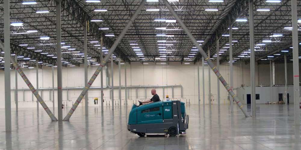 Уборка помещения завода